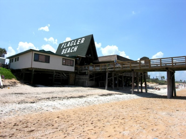 Flagler Beach's iconic fishing pier